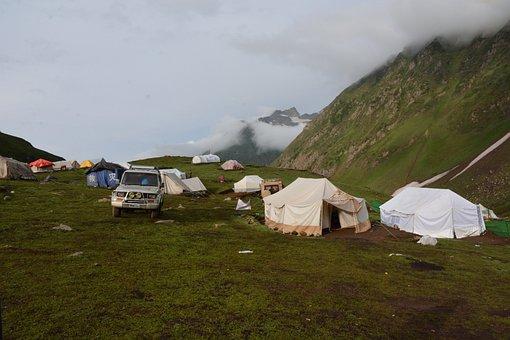 Camping, Ratti Gali, Pakistan, Kashmir, Neelam Valley