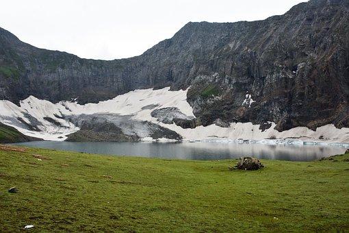 Ratti Gali Lake, Pakistan, Kashmir, Neelam Valley