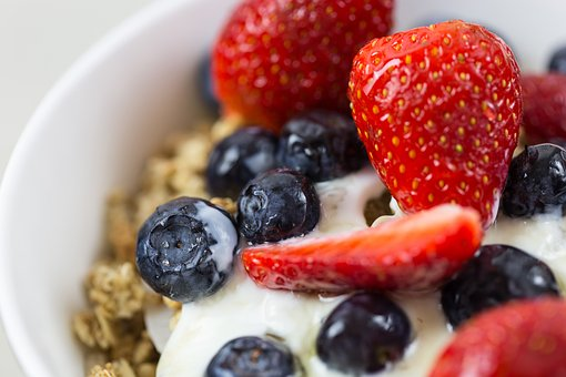 Yogurt, Granola, Cereal, Bowl, Muesli, Food, Breakfast