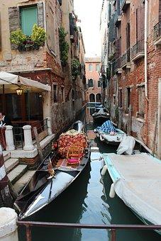 Canal, Barge, Gondola, Italy, Venice, Europe, Italia