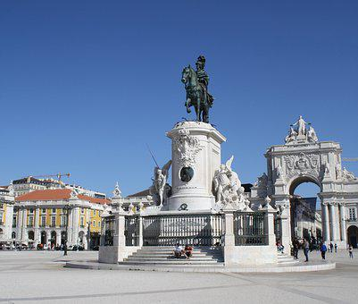 Lisbon, Famous Square, May 2017