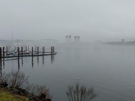 Hayden Island Mist, Portland Oregon Usa, Marina, Bridge