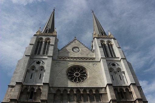 Church Of St James, Pau, France, New Aquitaine
