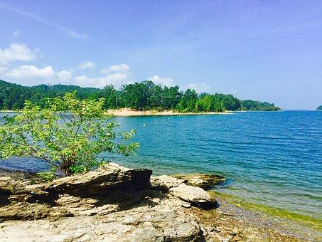 Lake Ouachita, Arkansas, Cyb