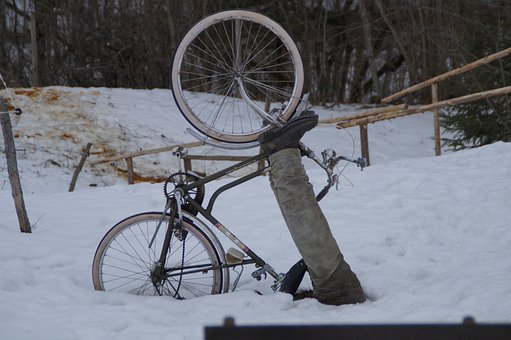 Bike, Cyclists, Cycling, Accident, Fall, Snow, Stuck