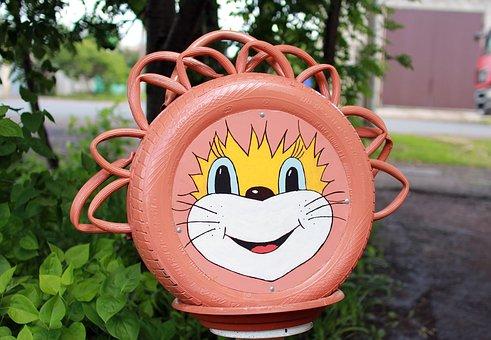 Yard, Crafts For The Yard, Leo, Lion, Smile, Odd Job