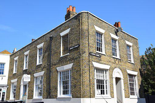 Corner House, England, Margate, Home