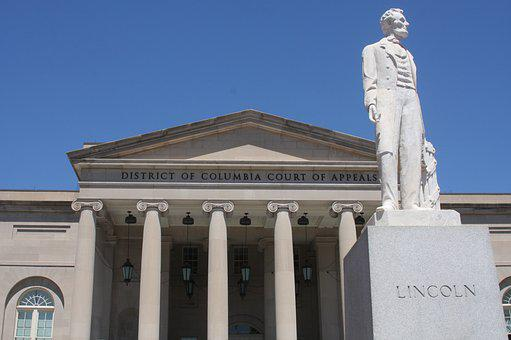 Lincoln Statue, Historic Courthouse, Dc Courts