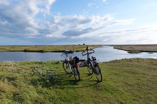 Fannemanns Ferry, Bike, Laesoe, Denmark, Island, Sea