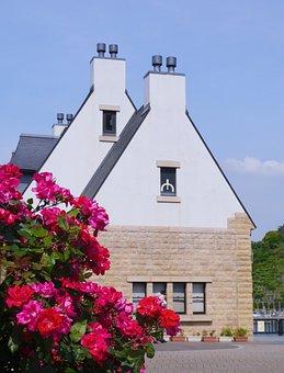 Verny Memorial, France, Rose, Pink, Red, Red Purple