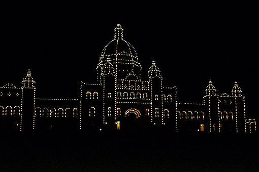 Parliament Building, Victoria City, Night, Light Bulbs