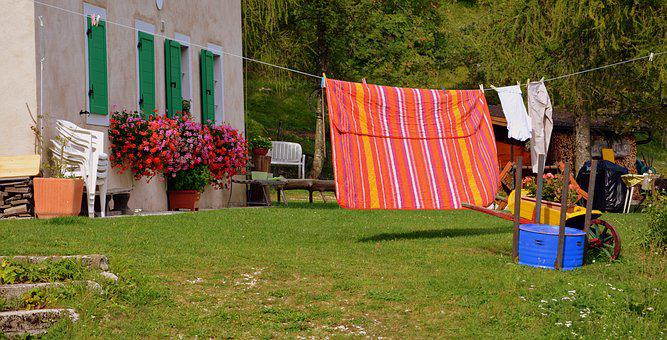 Laundry, Flowers, House, Roll Out, Prato, Bucolic