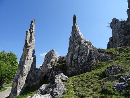 Eselsburg Valley, Stone Virgins, Rock Needles