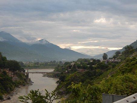 Srinagar, Uttarakhand, Himalayas, Mountains, India, Sky