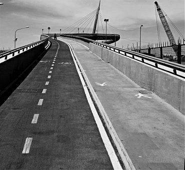 Abruzzo, Pescara, Bridge Of The Sea, Building