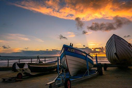 Sunrise, Golden Hour, Filey, Yorkshire, England, Uk