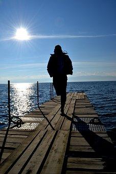 Run, Dock, Sun