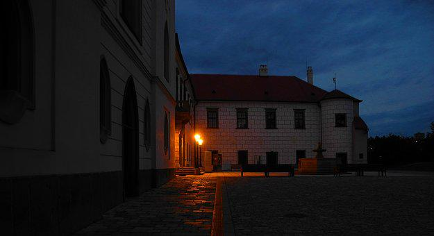 Castle, Twilight, Courtyard