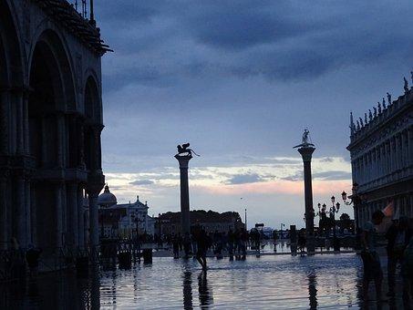 Venice, Waterlogged, Italia