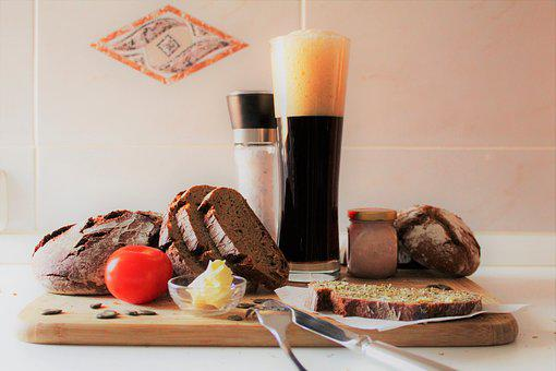 Meal, A Snack Between Meals, Jause, Beer, Bread