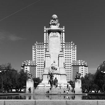 Piazza Di Spagna, Madrid, Spain, Fountain
