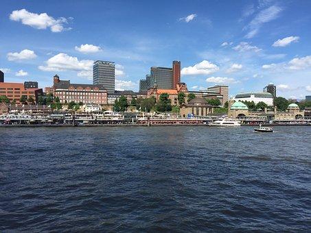 Hamburg, Landungsbrücken, Elbe