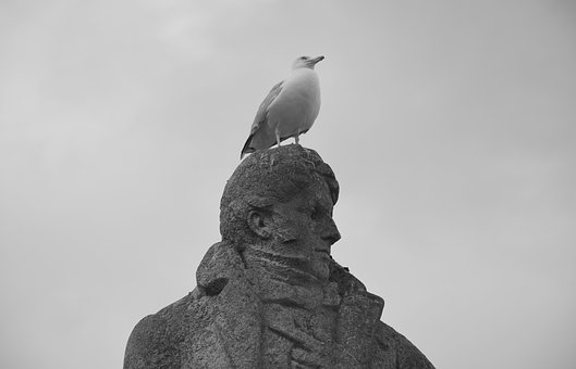 Statue, François René Châteaubriant, Seagull