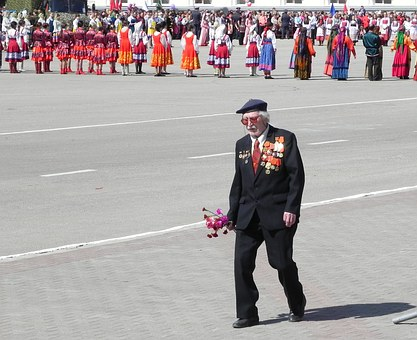 Russia, May 9, Victory Day, Veteran, Flowers