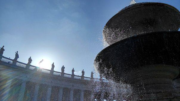 St Peter's Square, Rome, Colonnade, Fontana, Fountain