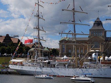 Szczecin, The Old Town, Sailing Ship