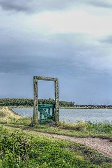 Door, Gate, Nature, Wood, Old, Broken, Green, Sky