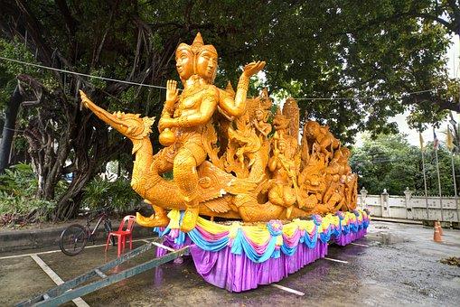 Large Candle, Ubon Ratchathani, Center Lotus