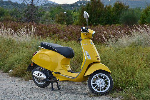 Vespa, Roller, Motor Scooter, Cult, Moped, Yellow