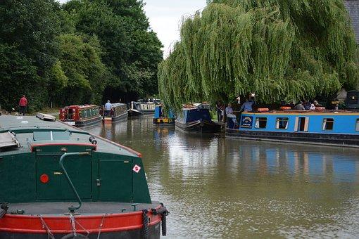 Longboats, Canal, Lock