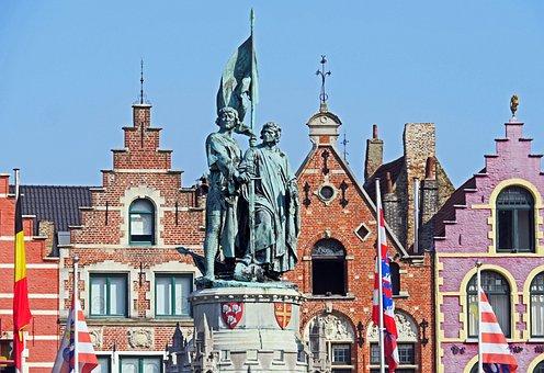 Bruges, Old Market, Still Image