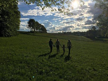 Children, Friends, Sun, Light, Shadow, Meadow, Trees