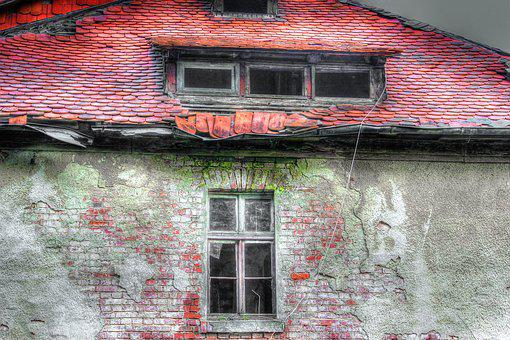 Roof, Old, Beaver Tails, Red, Brick, Window, Moss