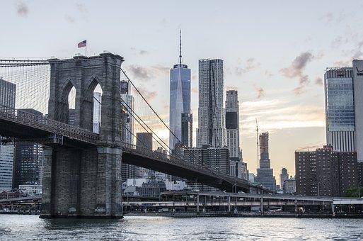 Usa, New York, Brooklyn Bridge, 8 Spruce Street