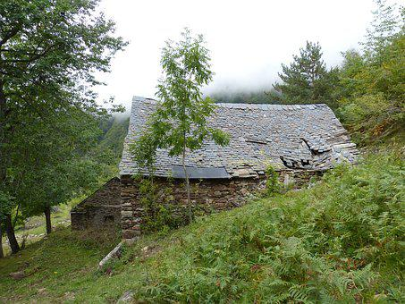 Borda, Popular Architecture, Roofing Slate, Poultry