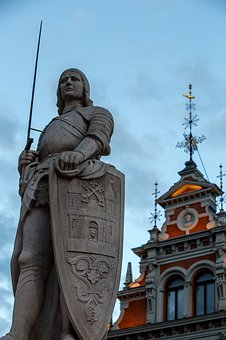 Riga, Sir Roland, Monument, The House Of The Blackheads