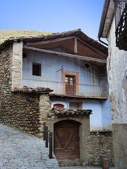Pyrenee Catalunya, Mansion, Casa De Pagès, Old