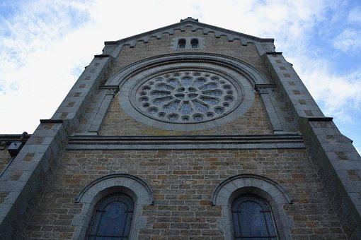 Church Rochebonne, Brittany France, Heritage