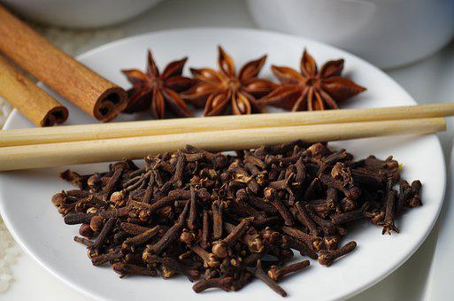 Pepper, Cloves, Star Anise