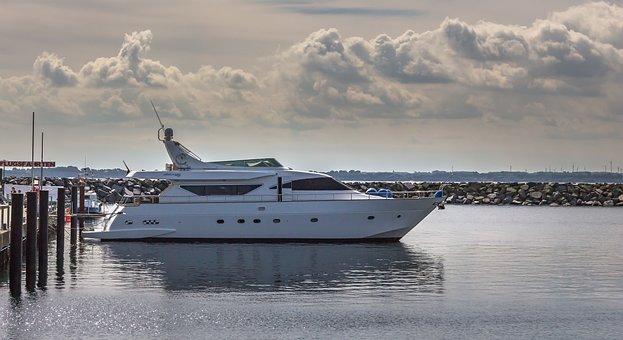 Motor Yacht, Yacht, Speedboat, Boat, Ship, Ocean, Water