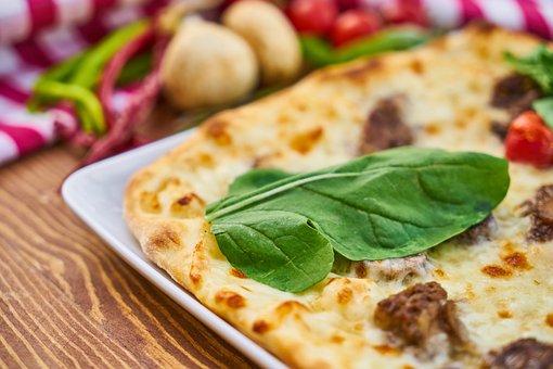 Pizza, Tomato, Bacon, Meat, Sauce, Table, Egg, Dough