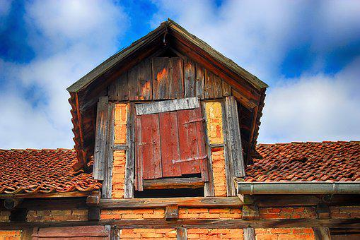 Roof Hatch, Luke, Wood Load, Load, Truss, Brick, Gable