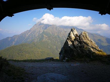 Bunker, Monte Legnone, Clouds
