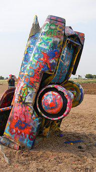 Cadillac Ranch, Texas, Paint