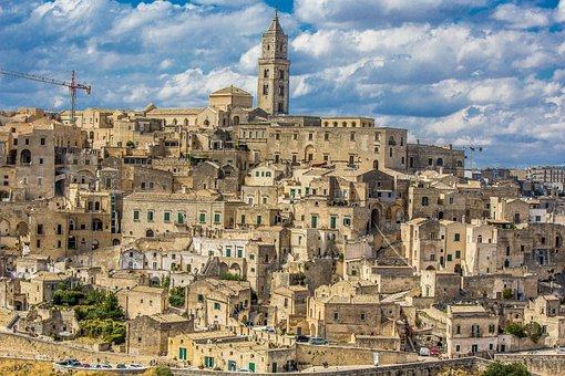 Matera, Sassi, The Sasso Barisano, Unesco, Italy
