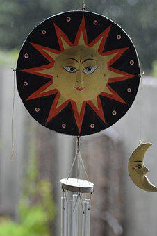 Windbel, Sun, Moon